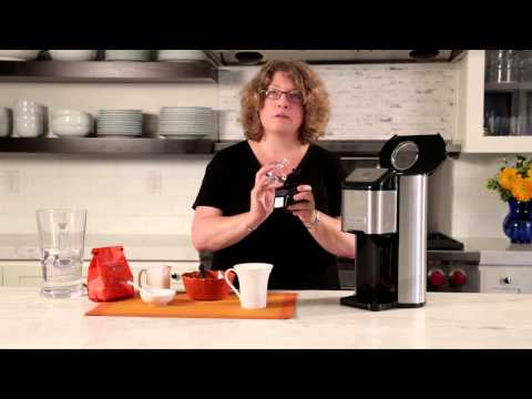 Single Cup Grind & Brew™ Coffeemaker (DGB-1) Demo