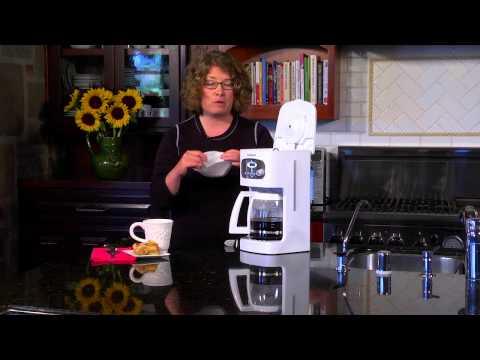 Cuisinart 12-Cup Programmable Coffeemaker (DCC-1100) Demo Video