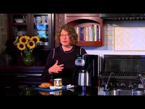 Cuisinart 10 Cup Thermal Coffeemaker (DCC 1150BK) Demo Video