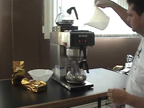 CAFÉ FILTRADO CAFEMAQ – BUNN VP 17.MPG