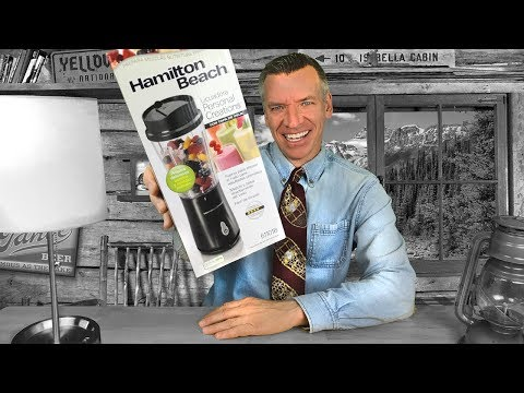 Making a Fruit SMOOTHIE! REVIEW: Hamilton Beach Blender
