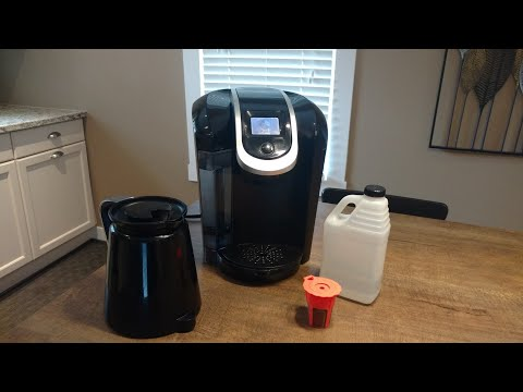 How to Clean and Descale a Keurig 2.0 Coffee Maker with vinegar